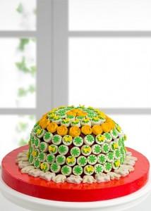 bahar-mutlulugu-kek-ve-kurabiye-buketi-gr743-1-1