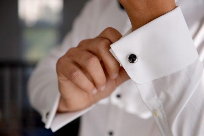 kol düğmesi