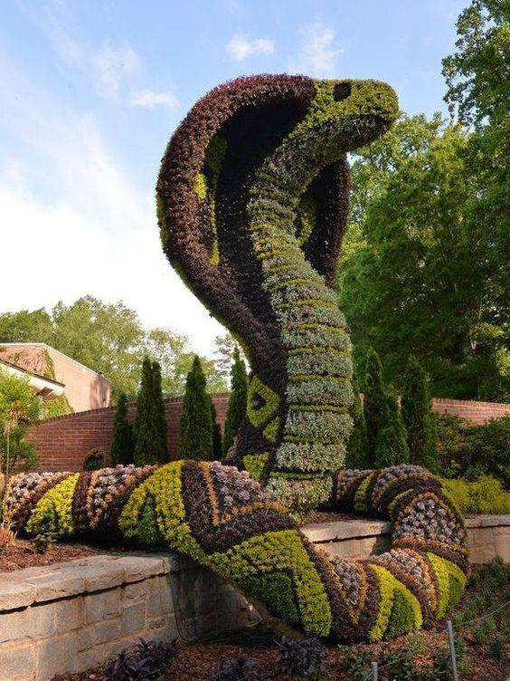 topiary yılan