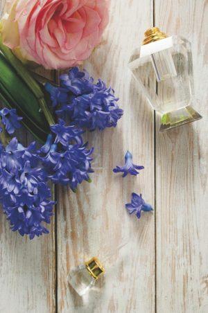 parfüm ve çiçek