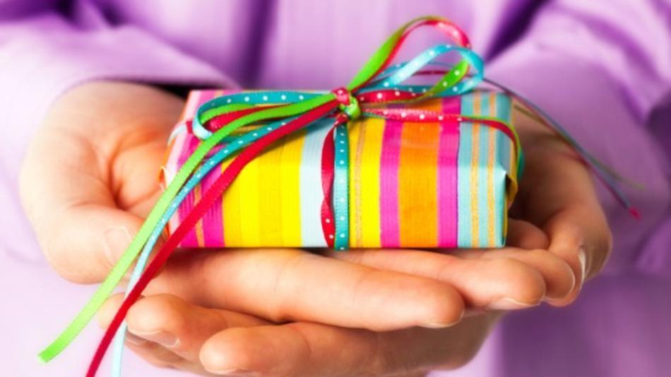 sevgiliye-ne-hediye-alınır