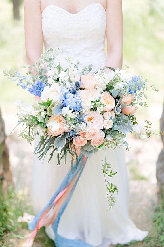 delphinium gelin çiçeği