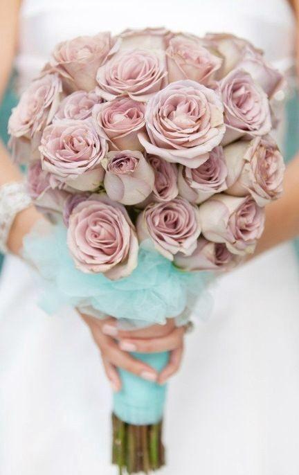 gül düğün çiçeği
