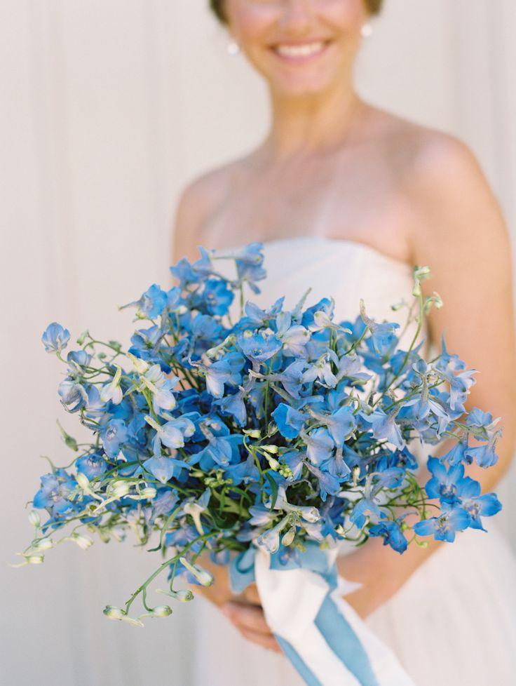 mavi delphinium düğün buketi