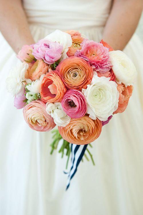 ranunculus düğün çiçeği