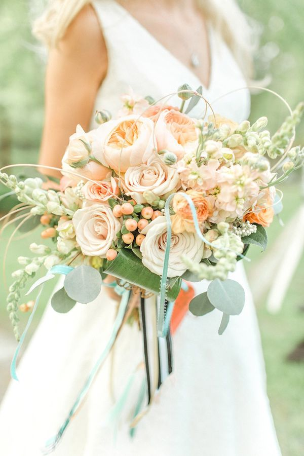 ranunculus düğün buketi