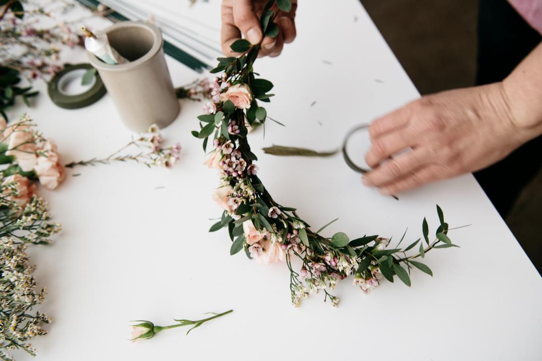 çiçeklerden taç
