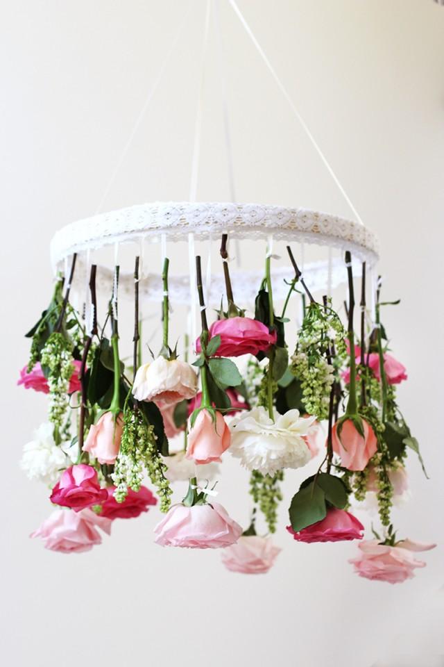 Çiçeklerle ve danteller ile avize