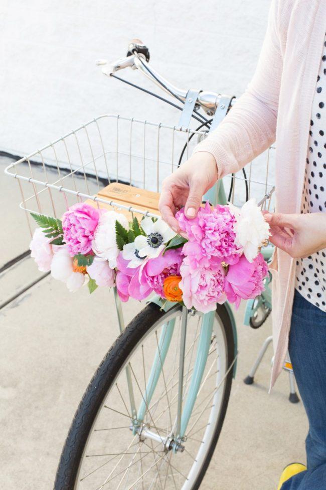 bisiklet sepeti süslemek