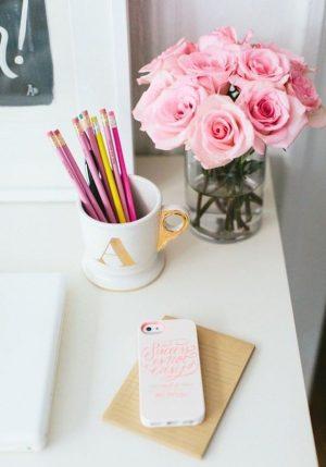 ofis içerisinde çiçek