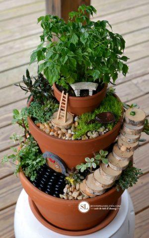 Saksılarla 3 Katlı Minyatür Bahçe Yapımı Resimli