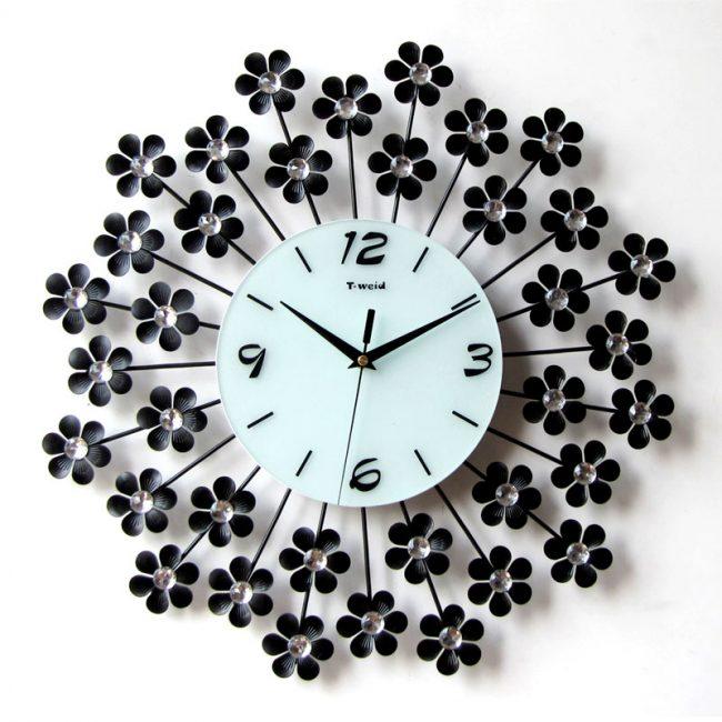çiçekli saat