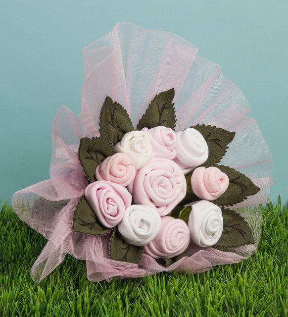 çiçek şeklinde bebek hediyesi