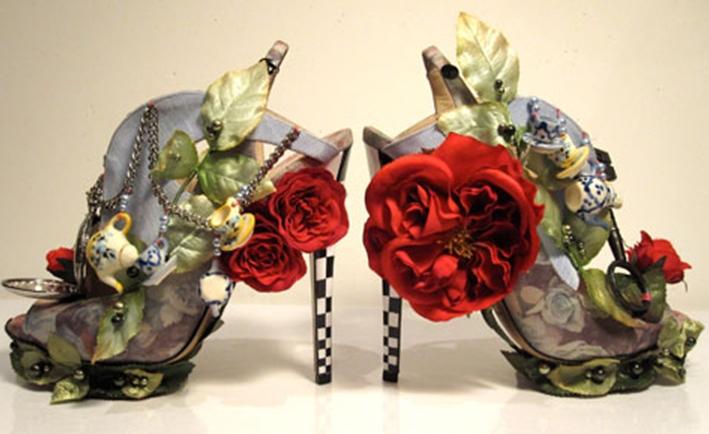 güllerle ayakkabı