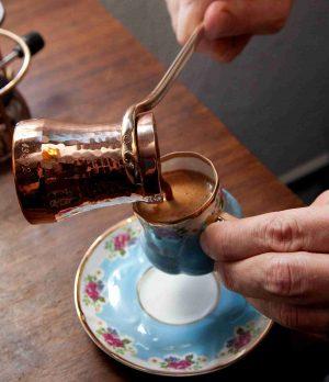 bakır cezvede kahve