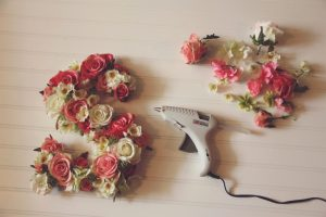karton üzerine çiçek yapıştırma2