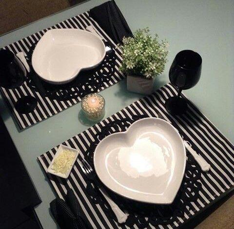 black romantic table