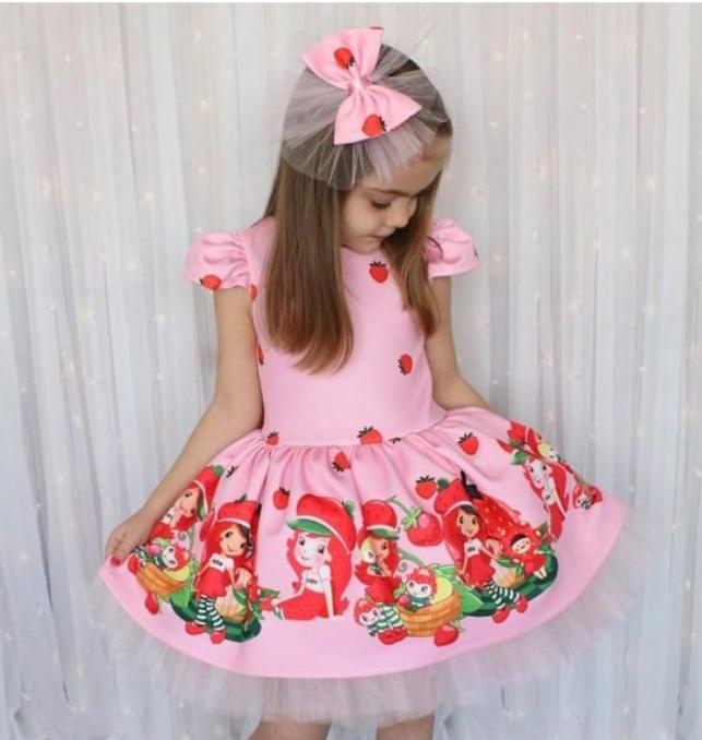 Çilek kız baskılı elbise