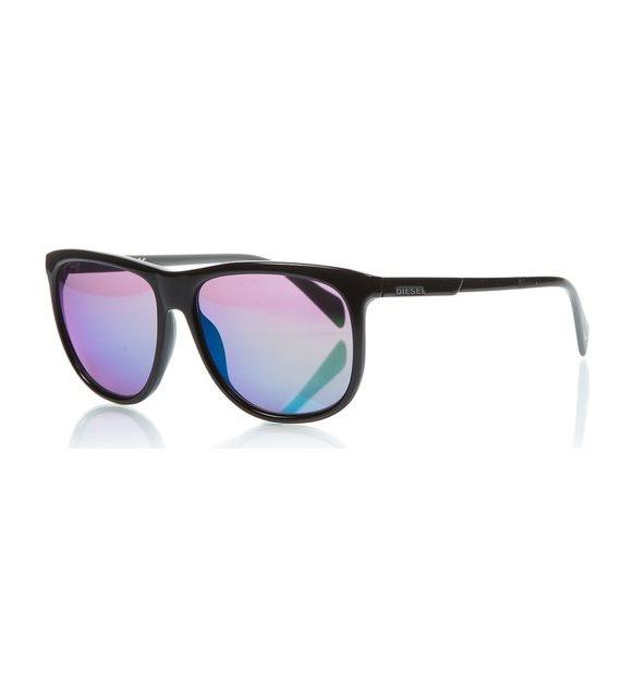 Modern güneş gözlüğü
