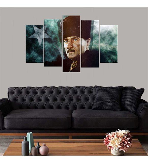 Atatürk ve bayrak tablo