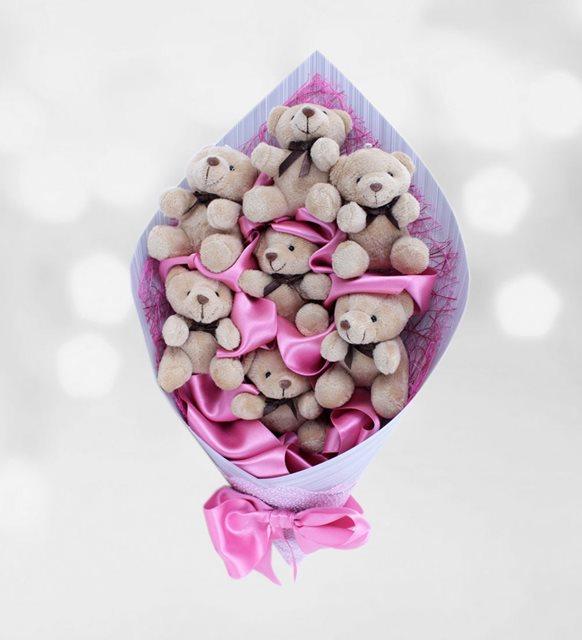 Sevgililer Günü için ilgin hediye -ayıcık buketi