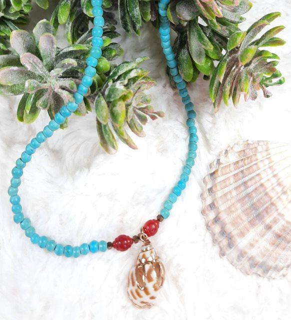 Turkuaz ve mercan taşlı