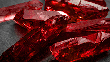 Kırmızı Yakut Taşı ve Özellikleri